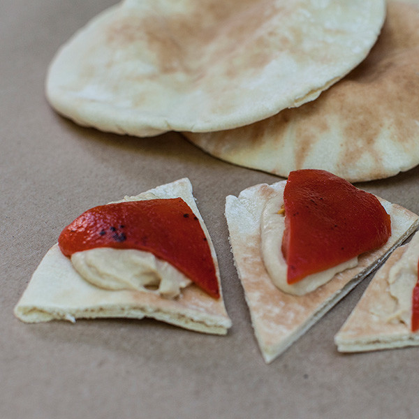 pita_pepper_hummus