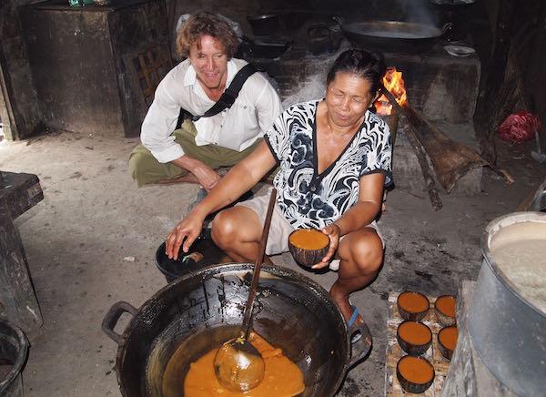 Cooking coconut sugar sap